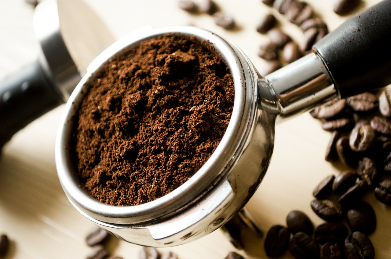 Are you aware of the amazing benefits of coffee for glowing skin?